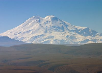 Elbrus_North_from_Djutsa_www